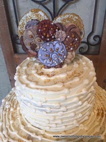 denise cake topper
